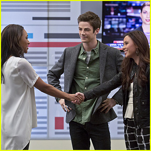 Barry Has a Hot Date on Tonight's 'The Flash'