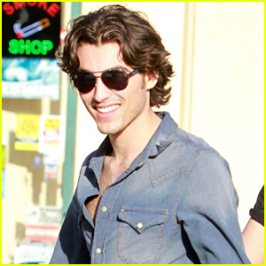 Blake Michael Responds to 'Dog with a Blog' KCA Nomination!