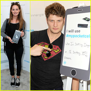 Brett Dier & Merritt Patterson Almost Have a 'Ravenswood' Reunion at Pre-Oscar Style Lounge