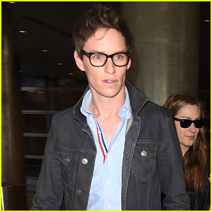 Eddie Redmayne Makes it Back to L.A. With Wife Hannah Bagshawe Before Oscars 2015