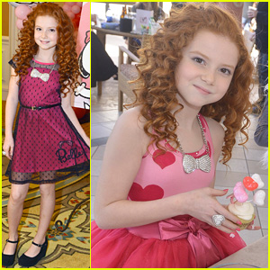 Francesca Capaldi Hangs Out with Snoopy at Valentine's Day Party