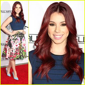 Jillian Rose Reed Spends Valentine's Day at Make Up Artists & Hairstylists Guild Awards