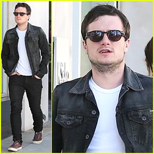 Josh Hutcherson & Dianna Agron Were Flirting at a Pre-Oscar Party?