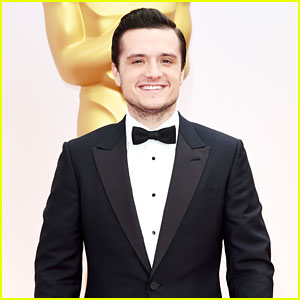 Josh Hutcherson Makes Us Swoon at Oscars 2015!
