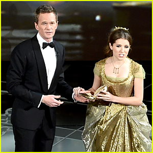 Anna Kendrick Performs in Oscars 2015 Opening Number! (Video)