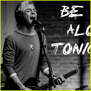 R5 Releases 'Let's Not Be Alone Tonight' Lyric Video, Announces Documentary!