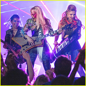 'Jem & The Holograms' Movie: See The First Pic!