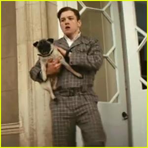 Taron Egerton Calls Colin Firth 'A Badass' In 'Kingsman'