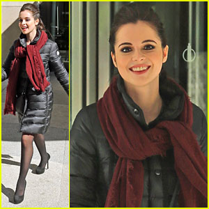 Vanessa Marano's Sister Laura Ships Her 'Switched At Birth' Character Bay With A Lot Of Guys
