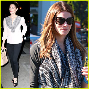 Ashley Greene Grabs Dinner At Craig's After Grocery Shopping