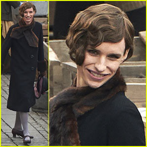 Eddie Redmayne Transforms Into 'The Danish Girl' on Set