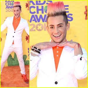 Frankie Grande Hits The Kids' Choice Awards 2015
