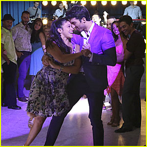 Rafael Steals Jane's Heart Again On The Dance Floor on 'Jane The Virgin'