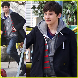 Jared Gilmore Films With Emma's Yellow Volkswagen on 'Once' in Vancouver
