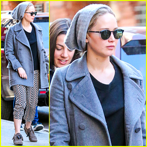 Jennifer Lawrence Braves the Chilly NYC Weather