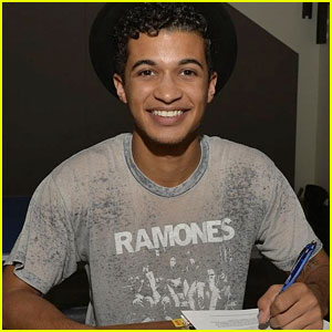 Teen Beach 2's Jordan Fisher Inks Record Deal with Hollywood Records!
