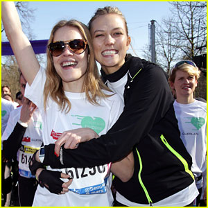 Karlie Kloss Celebrates International Women's Day With Paris Half Marathon