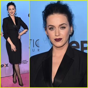 Katy Perry Goes For Gothic Look at 'Prismatic World Tour' Special Screening