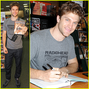 Keegan Allen Signs Copies Of His New Book for Fans