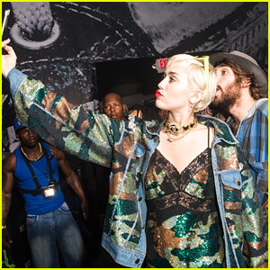 Miley Cyrus Surprises SXSW Crowd with Special Performance!