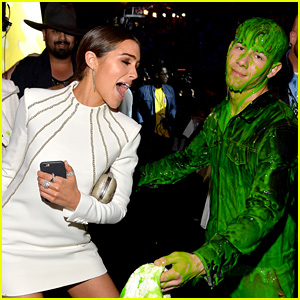 Nick Jonas Tries to Hug Girlfriend Olivia Culpo While Covered in Slime at KCAs 2015