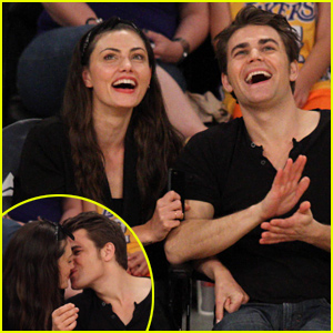 Paul Wesley & Phoebe Tonkin Look So In Love at the Lakers Game!