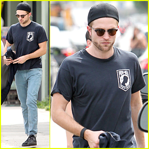 Robert Pattinson Tries to Stay Cool In Los Angeles Heat Waves