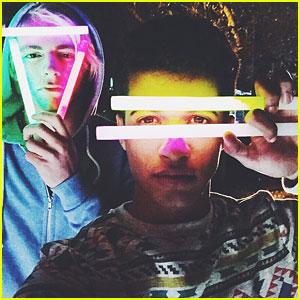 Ross Lynch, Maia Mitchell, Jordan Fisher & More Continue Shooting 'Teen Beach 2' Promos