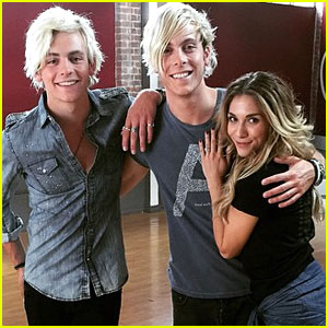 Riker Lynch Gets Visit From Brother Ross At 'DWTS' Studio