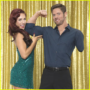 Sharna Burgess Tries To Arm Wrestle 'DWTS' Partner Noah Galloway; Emphasis on 'Tries'
