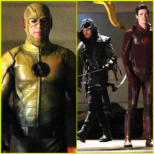 Grant Gustin & Stephen Amell Are Crossing 'Arrow' & 'Flash' Again