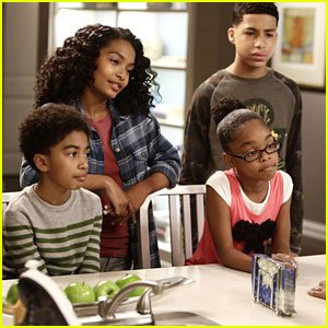 Zoey & Andre Learn The Importance of Not Lying In Tonight's 'black-ish'