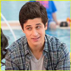 David Henrie Says He Can Ride A Segway Better Than Kevin James