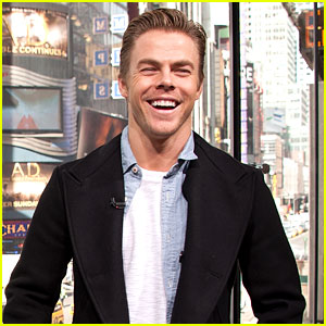 Derek Hough Talks 'DWTS' On 'Extra' In New York City