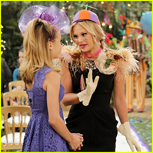 Olivia Holt Gets Really Wacky On 'Dog With A Blog' Tonight!