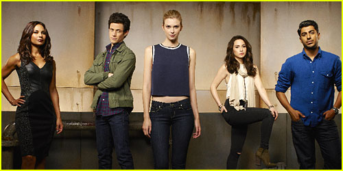 Emma Ishta & Kyle Harris: See The First Cast Pic From 'Stitchers'