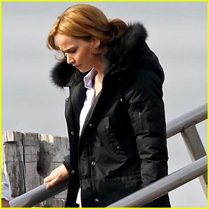 Jennifer Lawrence Bundles Up on Set After Weekend with Her Boyfriend!