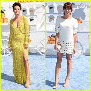 Katie Stevens & Kiersey Clemons Show Lots Of Leg at MTV Movie Awards 2015