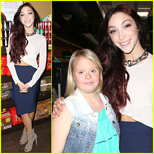 Meryl Davis Shows Off Her Midriff at Special LA Fundraiser Kick Off