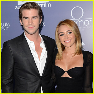 Miley Cyrus & Liam Hemsworth Are Reportedly Spending Time Together