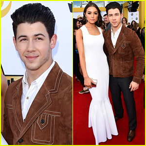 Nick Jonas & Olivia Culpo Are So Cute at the ACM Awards 2015