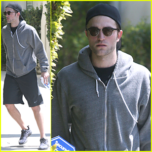 Robert Pattinson Hits Gym Workout After Engagement Rumors Spread
