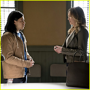 Cisco Meets The Black Canary on Tonight's 'The Flash' - See the Pics!