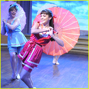 Vanessa Hudgens Still Can't Believe She's On Broadway