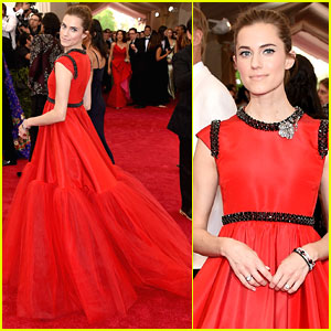 Allison Williams Kicks Off Met Gala 2015 Prep With A Diet Coke