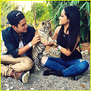 Becky G & Austin Mahone Play With Baby Cheetahs Before Get Schooled Mas Challenge Event