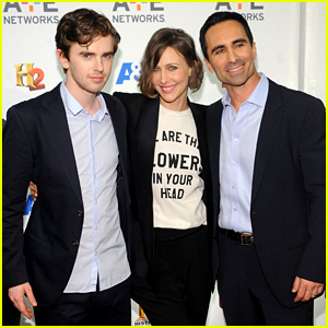 Freddie Highmore Joins 'Bates Motel' Co-Stars at A+E Upfronts in NYC