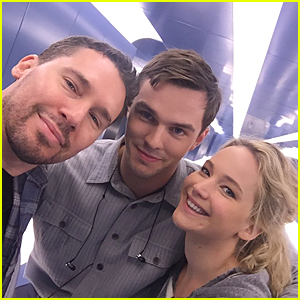 Jennifer Lawrence & Nicholas Hoult Look Thrilled Together On 'X-Men: Apocalypse' Set