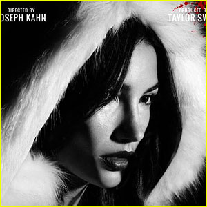 Lily Aldridge Looks Ready to 'Byte' in New 'Bad Blood' Poster