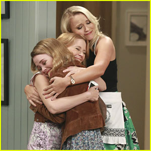 New 'Young & Hungry' Tonight - Get A Sneak Peek Here!